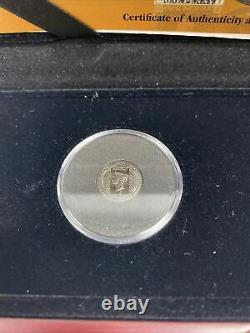 The London Mint Office 170th Anniversary The Penny Black Stamp & Gold Coin Set